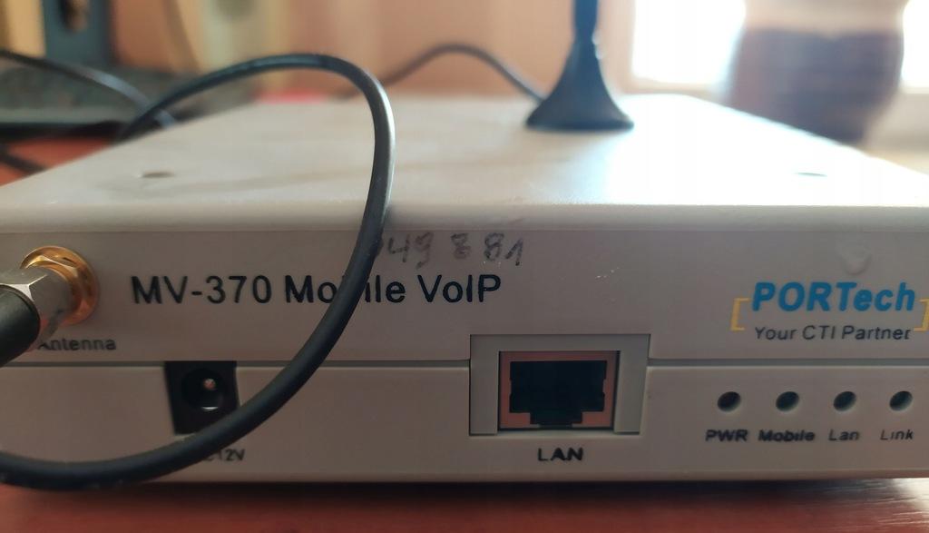 BRAMKA VoIP GSM PORTech MV-370