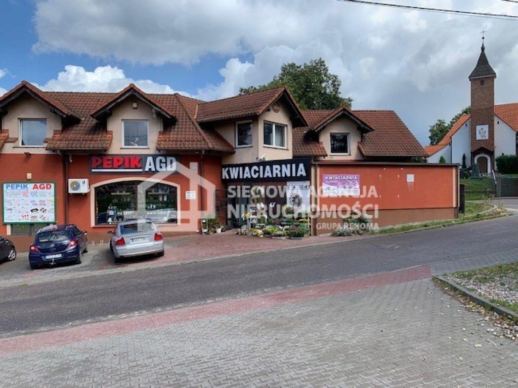 Komercyjne, Kiełpino, Kartuzy (gm.), 84 m²