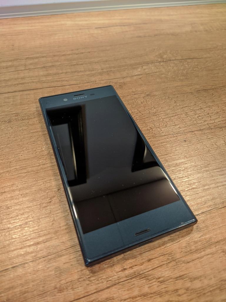 Sony Xperia XZ Gwarancja 18.10.2020