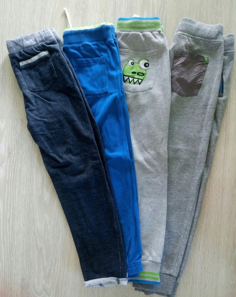 Spodnie dresowe 128/134