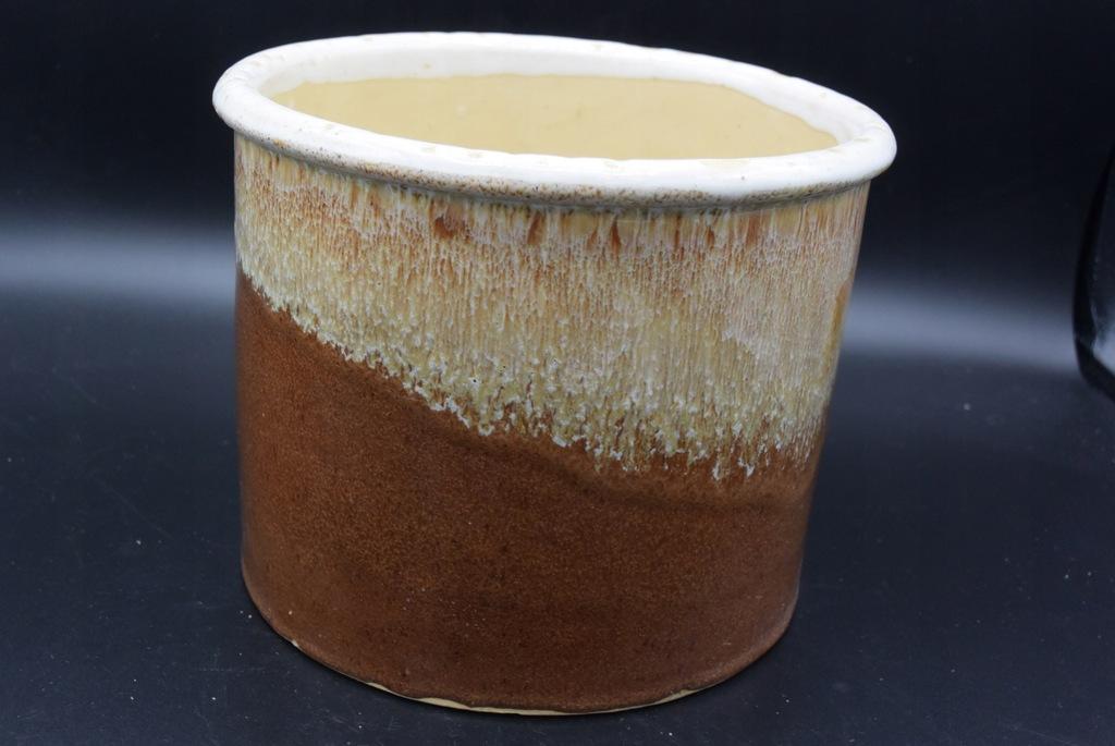Doniczka ceramiczna 18cm brązowa,