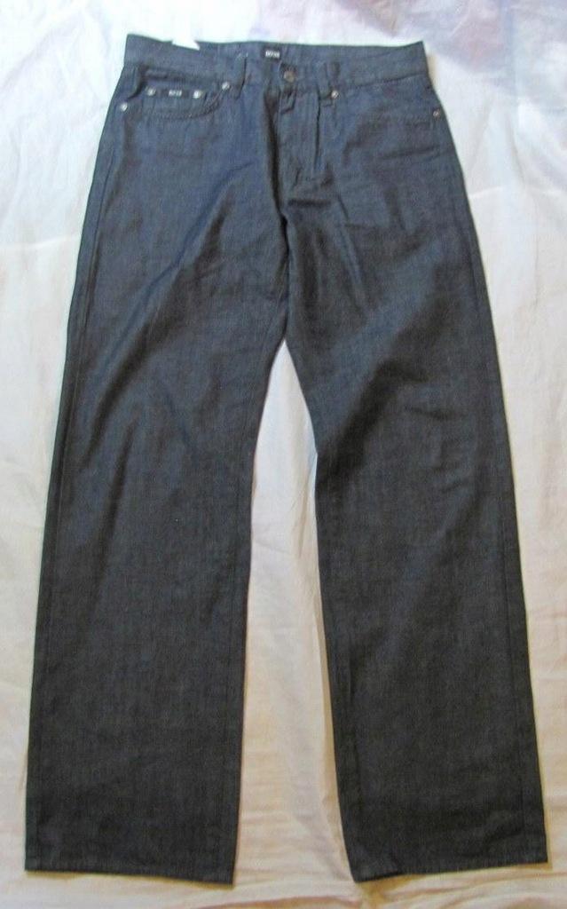 HUGO BOSS oryginalne Spodnie Jeansy W 32 L 32