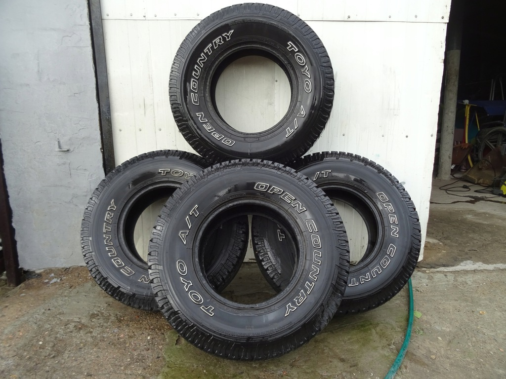 OPONY TOYO OPEN COUNTRY A/T 31X10,50 R15 KPL 6-9mm
