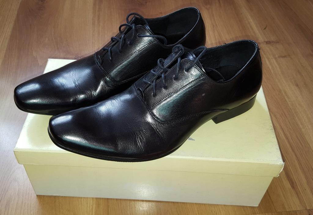 Buty męskie BATA czarne skórzane rozmiar 41 Bytom