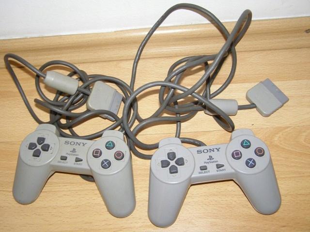 2x pad / kontroler PSX / PS1