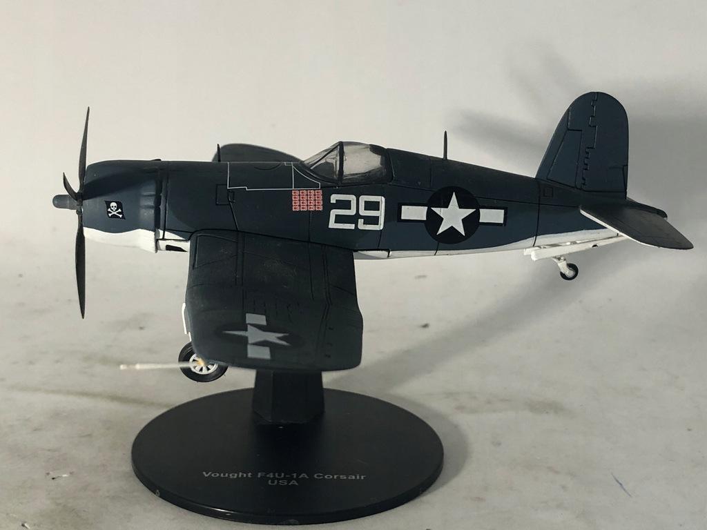 Samolot II wojny Vought f4u skala 1:72 nr 7b