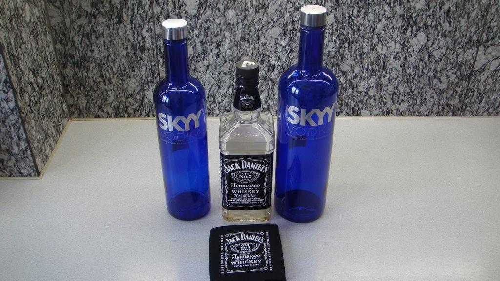 JACK DANIELS 3x butelka SKYY + GRATIS