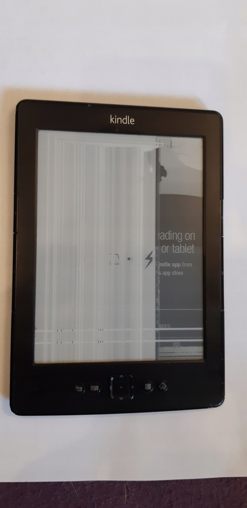 Czytnik e-book Amazon Kindle 4 WiFi zesputy ekran