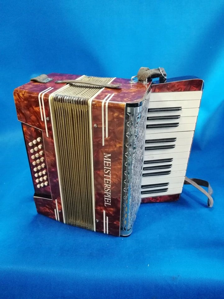 stara akordeon