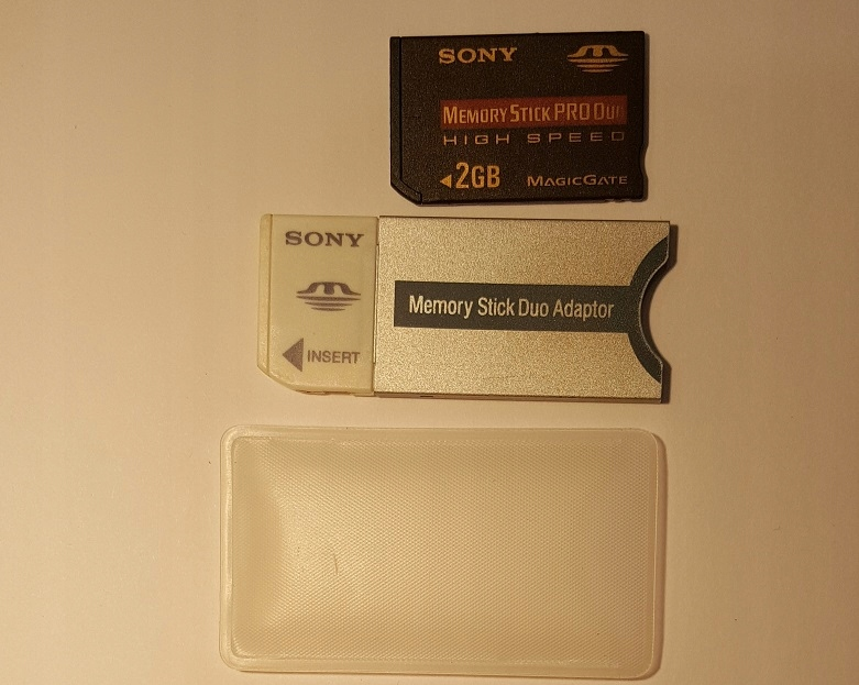 Memory Stick Pro Duo 2GB Sony +Adapter MemoryStick