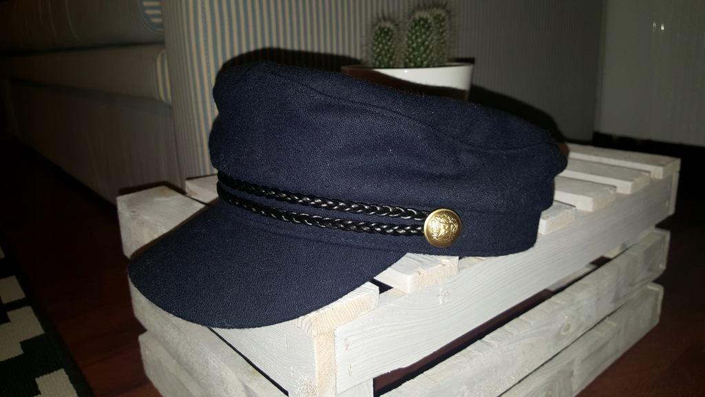 Czapka bosmanka H&M w stylu marynarskim L 58cm