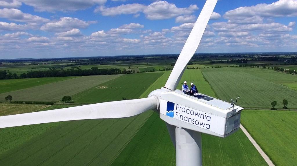 Własne zdjęcie na szczycie elektrowni wiatrowej!