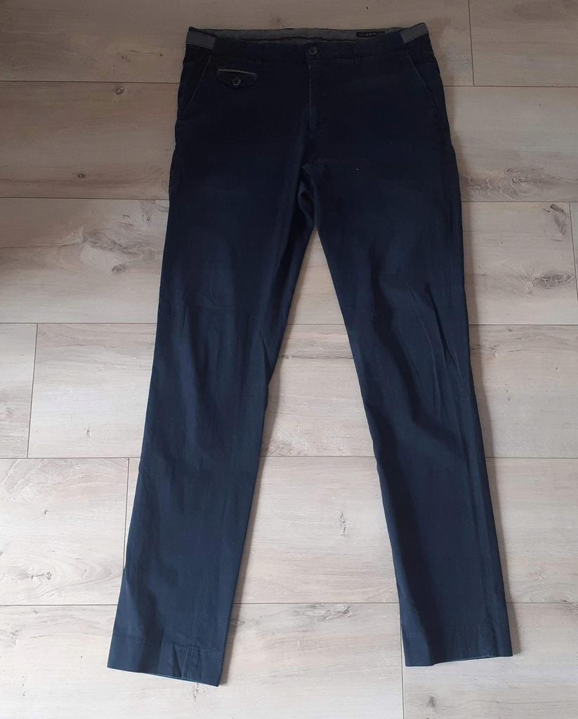 Oryginalne Męskie Spodnie RESERVED r. 50 Slim Fit