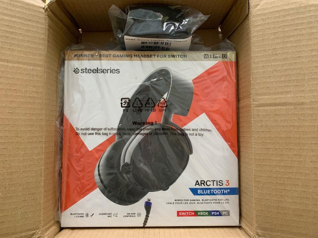 SteelSeries Arctis 3 Bluetooth + drugie nauszniki