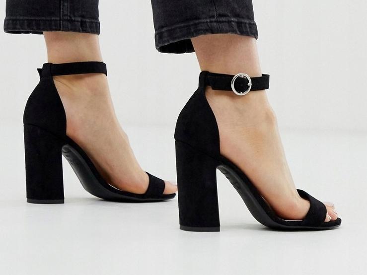 New Look sandały na obcasie w kolorze czarnym 39