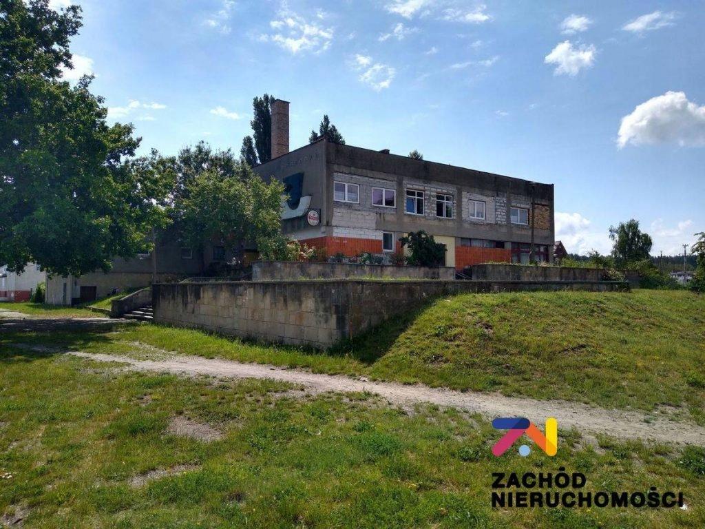 Komercyjne, Łęknica, Żarski (pow.), 2766 m²