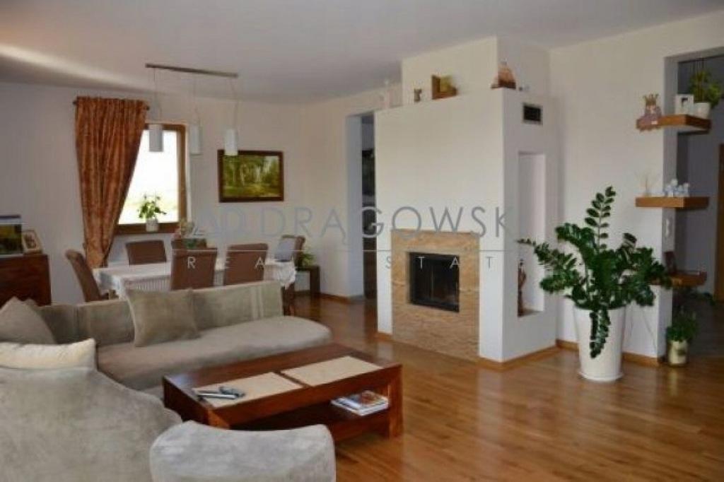Dom, Płośnica, Płośnica (gm.), 402 m²