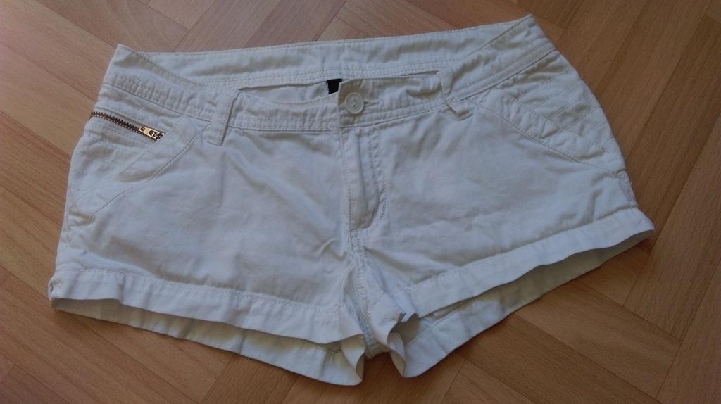 Białe szorty, spodenki, jeans, rozmiar M