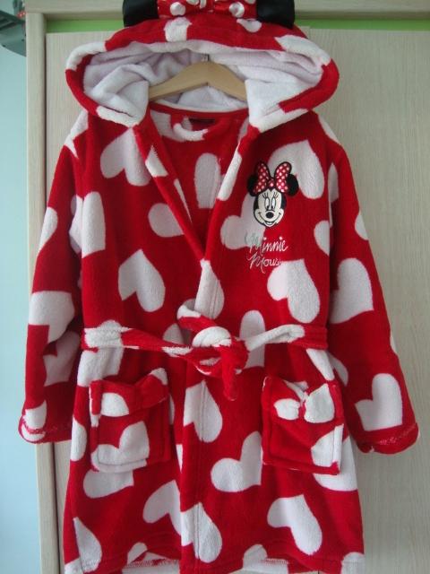 Disney szlafrok Minnie serca rozm 122/128