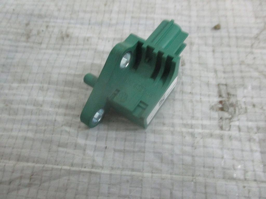 3C0909606 CZUJNIK UDERZENIOWY VW PASSAT B6 3C G