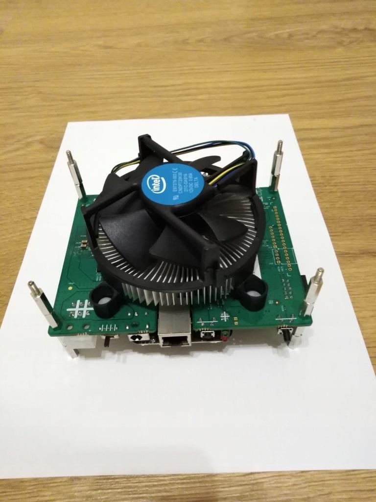 Koparka kryptowalut FPGA BlackMiner F1mini