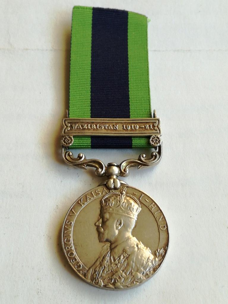 India General Service Medal z klamrą Waziristan .