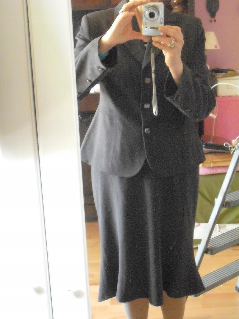 kostium do pracy r.42, wiskoza
