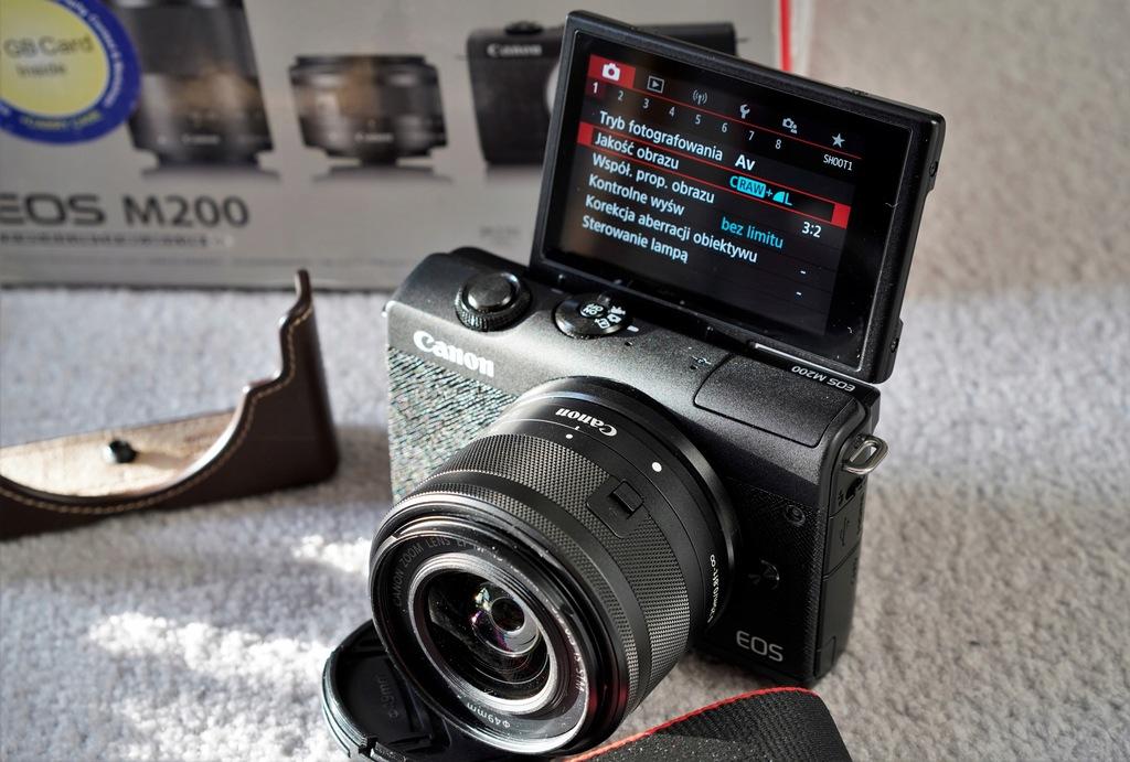 Canon M200 + 15-45 + 22 + 50 + 55-200 zestaw 4K