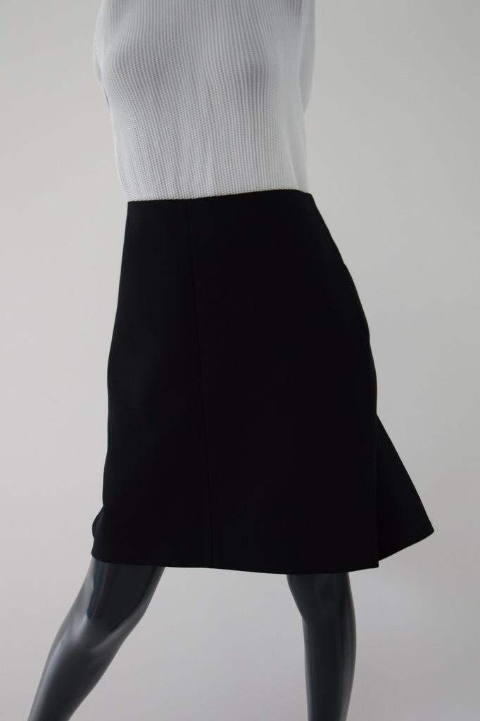 cos czarna spódnica jodełka 100 % wełna r. 34/36