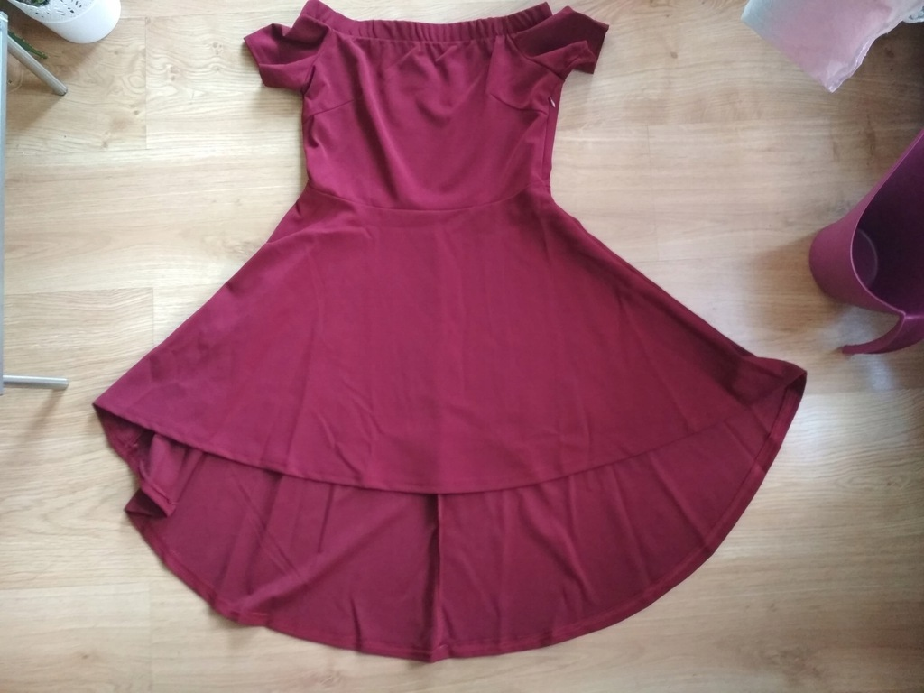 Asymetryczna sukienka Hiszpanka