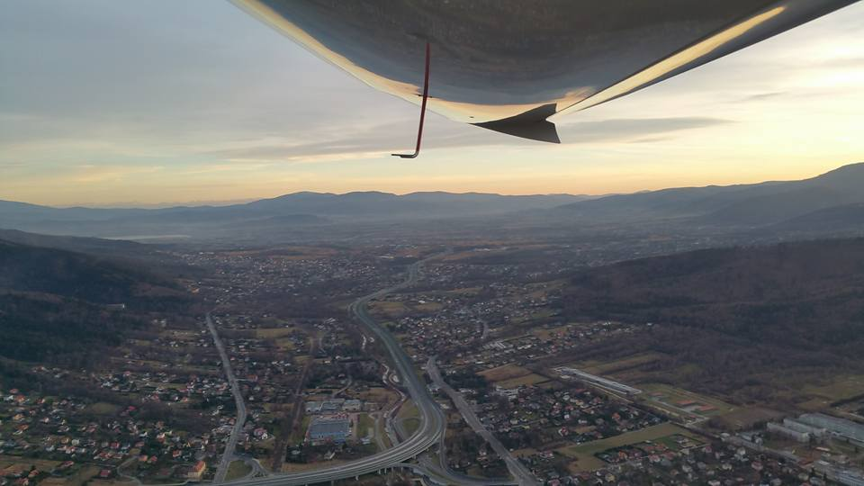 Lot widokowy samolotem Pipistrel nad Beskidami