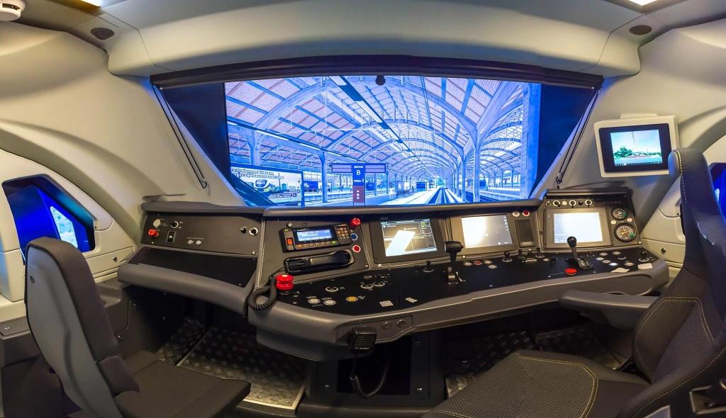 Szkolenie wraz z przejazdem na symulatorze pociągu