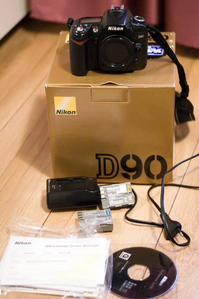 Aparat fotograficzny Nikon D90 Nikon D 90 body