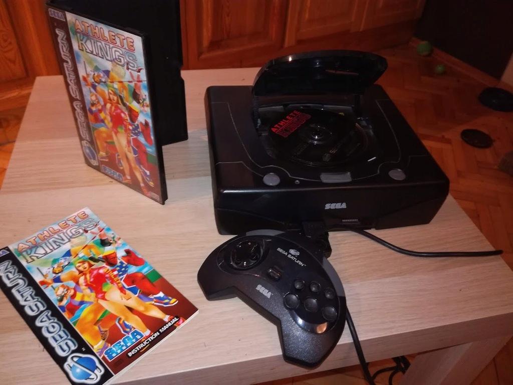 Sega Saturn (+pad i okablowanie)+gra Athlete Kings