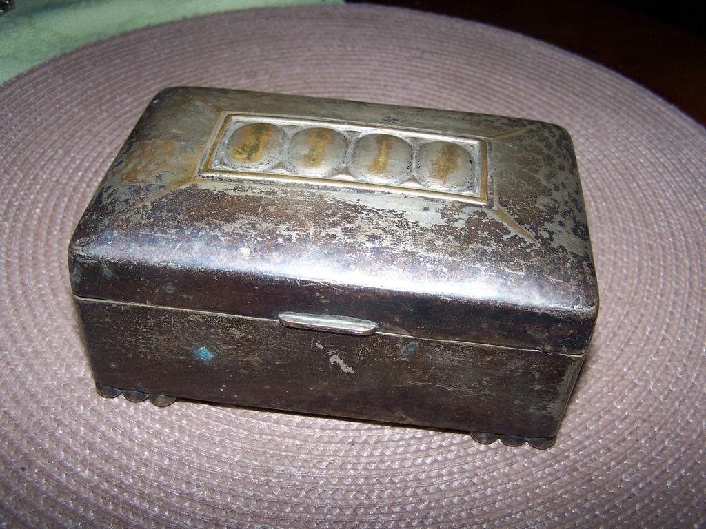 Cukiernica-szkatułka