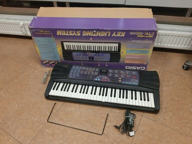 KEYBOARD CASIO CTK-560L