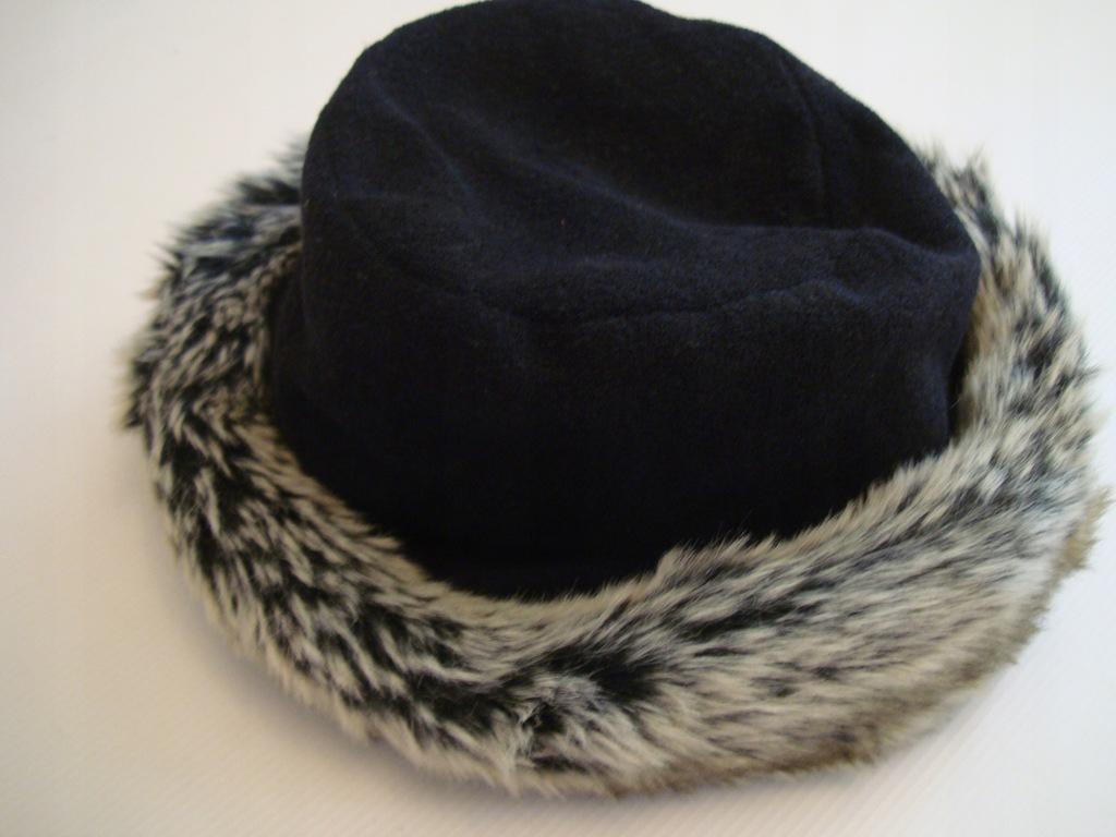 CZARNY polarowy kapelusz futerko ATMOSPHERE XL/XXL