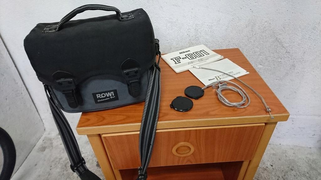 Torba futerał Rowi do aparatu kamery + akcesoria