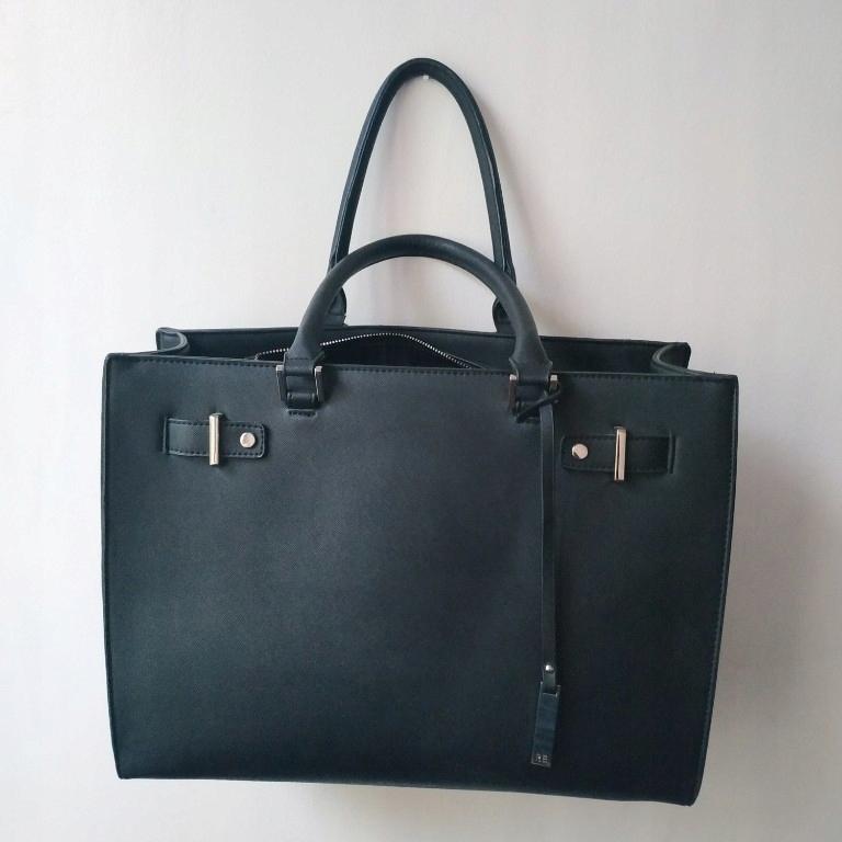 Duża czarna torebka Reserved miejska