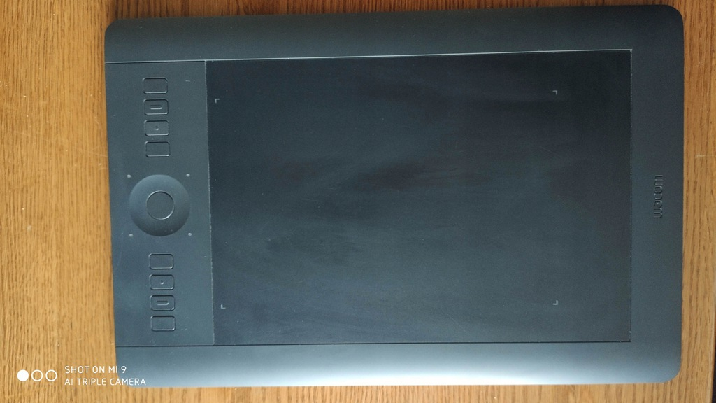 tablet graficzny Wacom INTUOS pro medium PTH-651