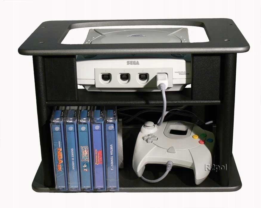 Drewniana szafka na konsolę Sega Dreamcast i gry