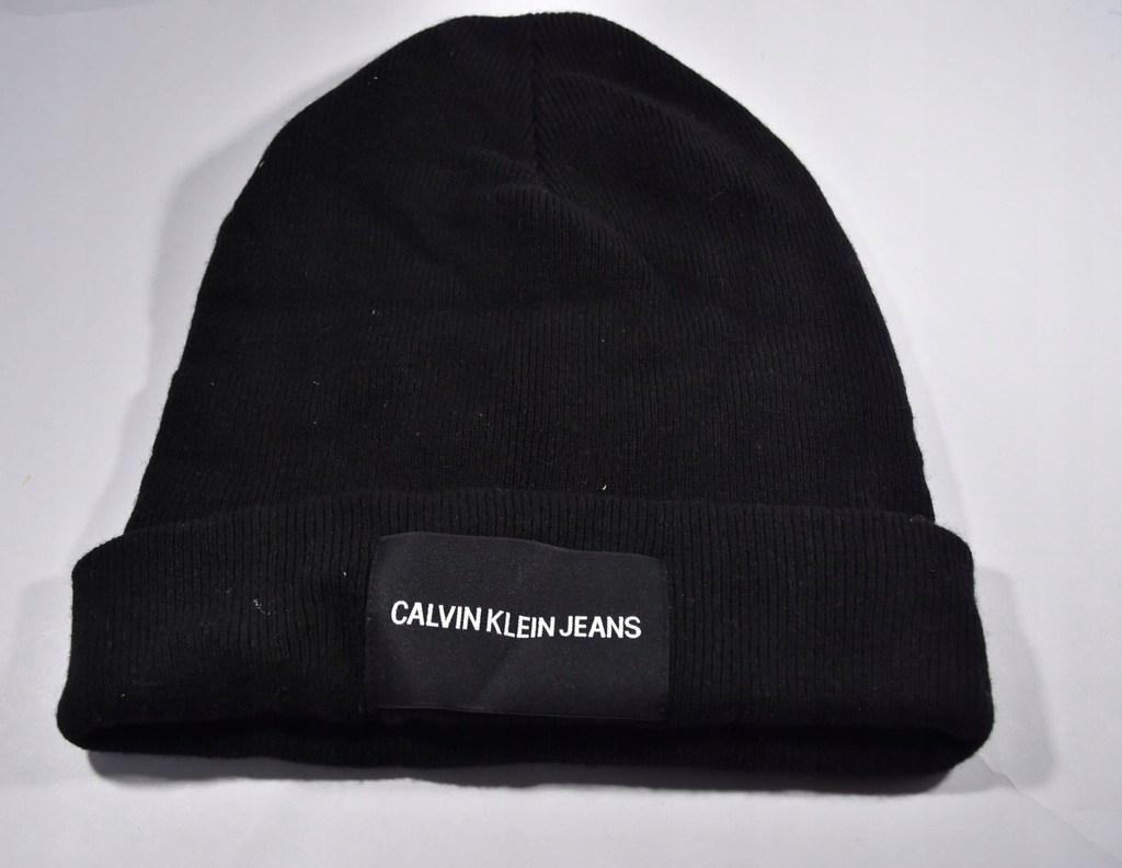 Ak15* Calvin Klein czapka zimowa