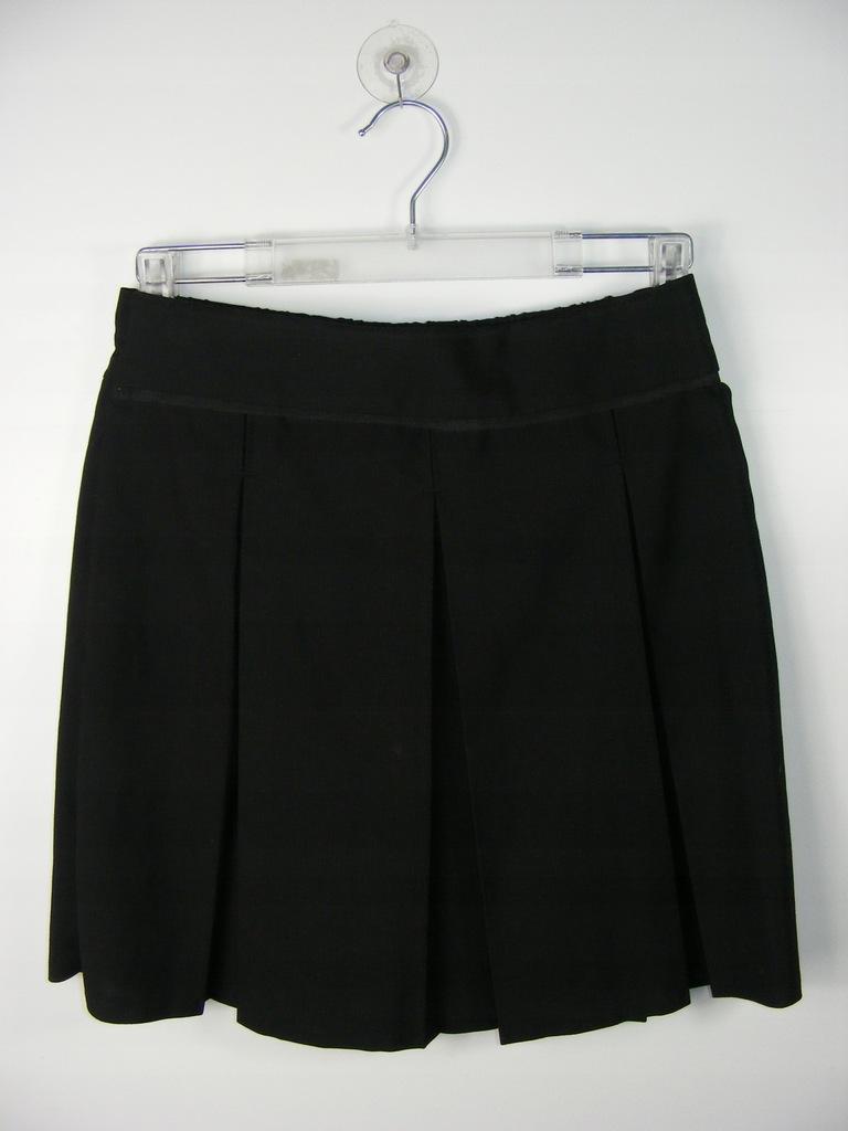 TU czarna spódnica z plisami regulacja 146 cm