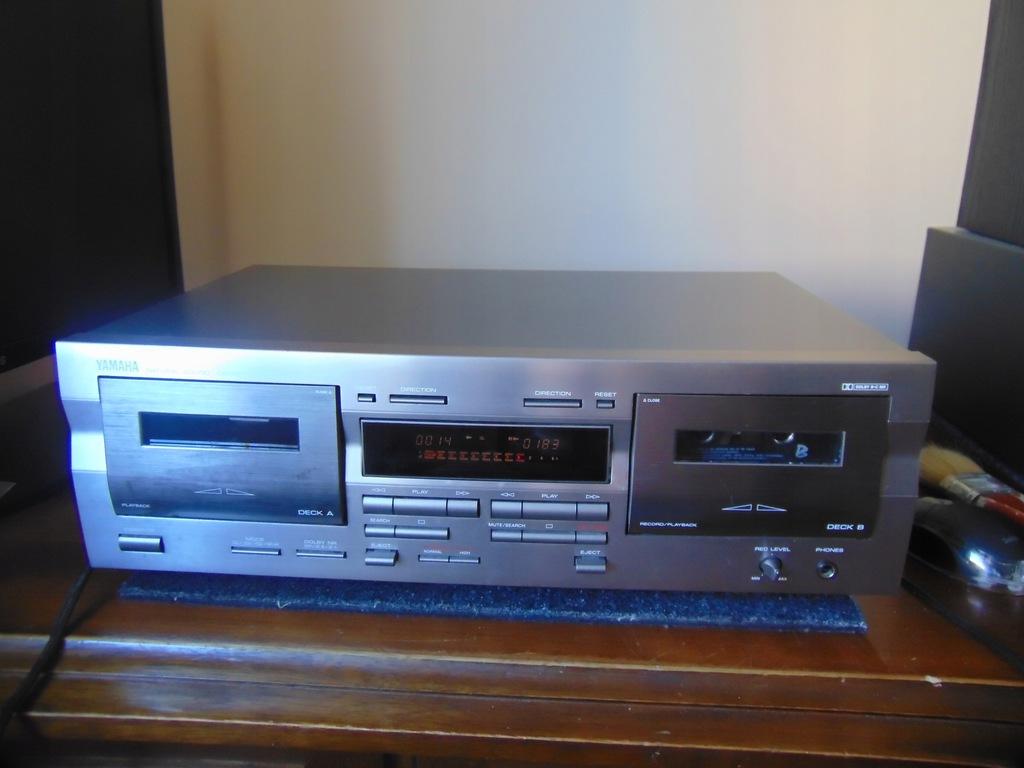 Magnetofon kasetowy Yamaha KX-W321