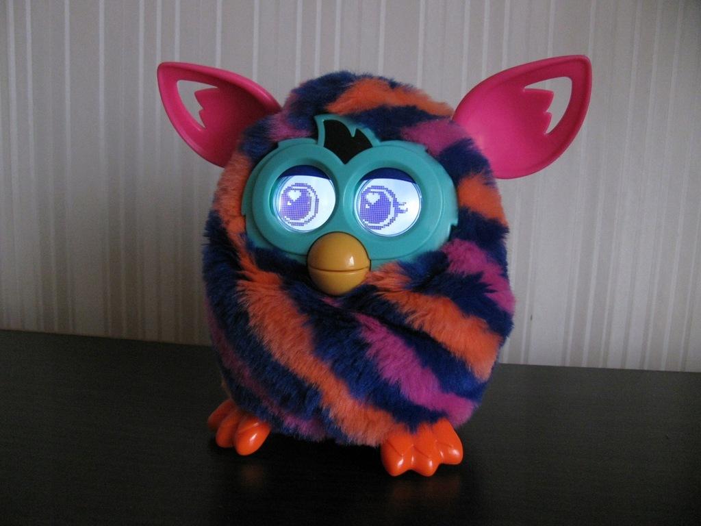 Furby Boom Mowi Po Polsku Interaktywny Rusza Sie 7791361706 Oficjalne Archiwum Allegro