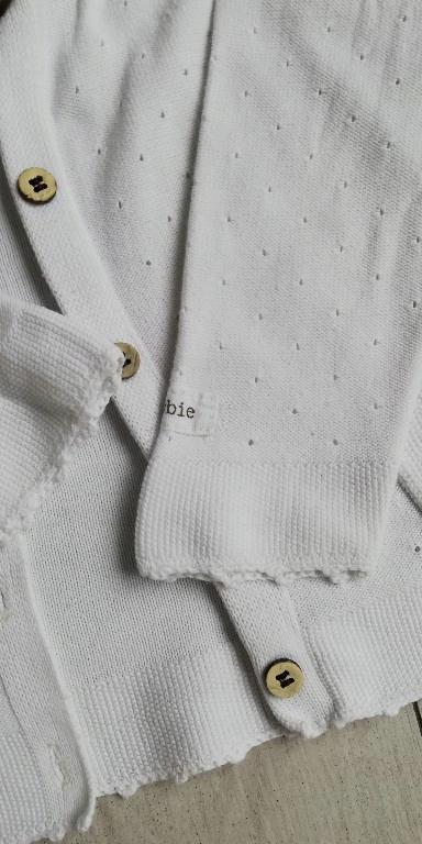 sweterek Newbie 74 bialy