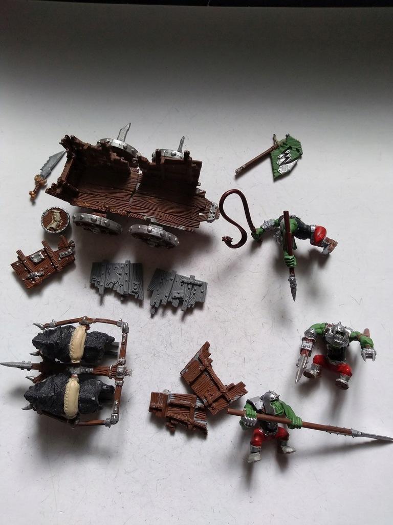 Boar Chariot nr 26 - plastik, pozostałości
