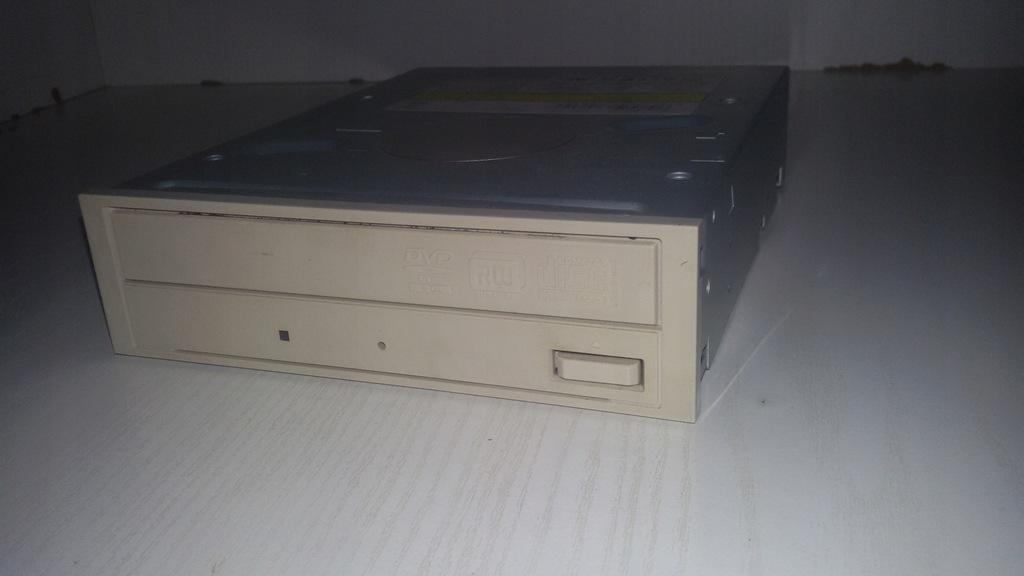 NAPĘD DVD-ROM CD-ROM NA PŁYTY BIAŁY LICYTACJA OD 1