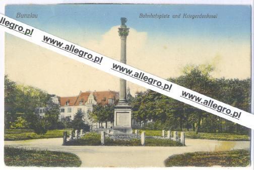 Bolesławiec - Bahnhofsplatz und Kriegerdenkmal