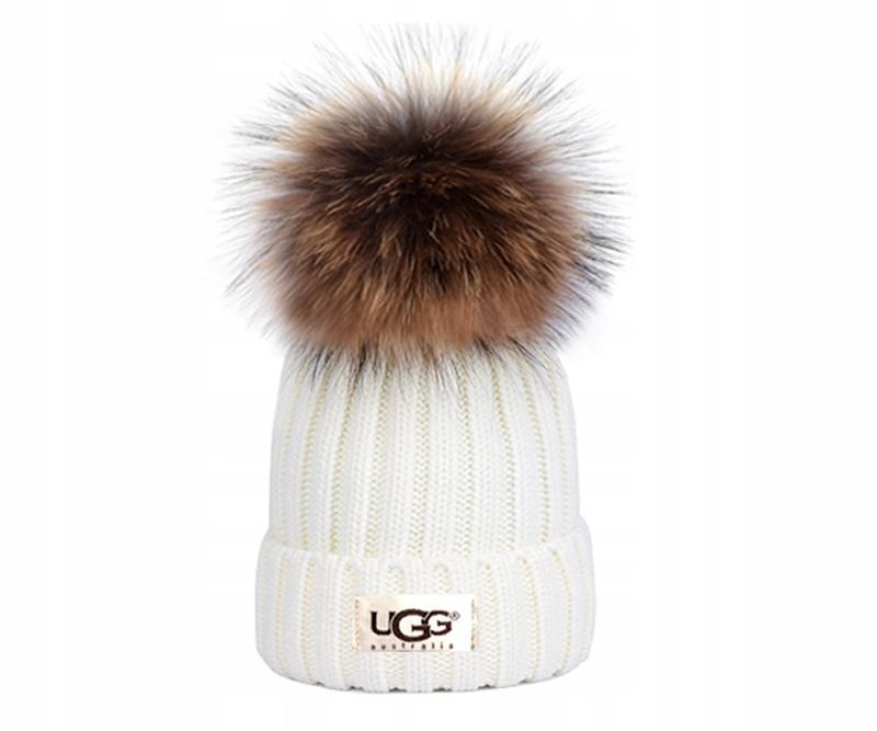 UGG Australia - ciepła zimowa czapka z pomponem U7
